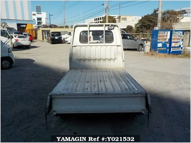 It is a picture of the white daihatsu hijet truck in 1994,Sub Photo 4 Stock No.Y021532