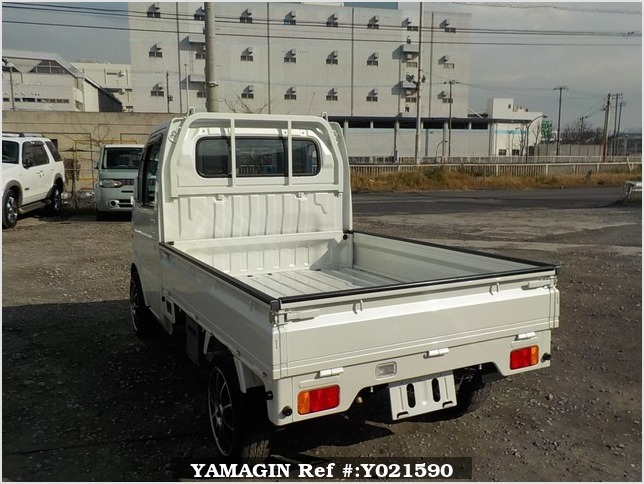 It is a picture of the pearl suzuki carry truck in 2006,Sub Photo 3 Stock No.Y021590