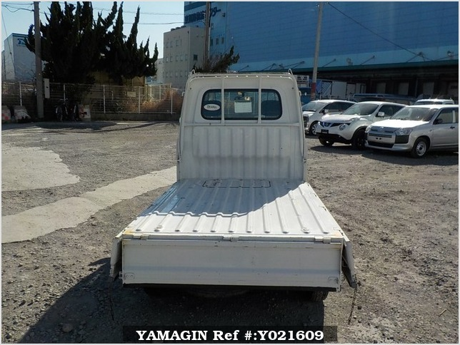 It is a picture of the white daihatsu hijet  truck in 1998,Sub Photo 4 Stock No.Y021609