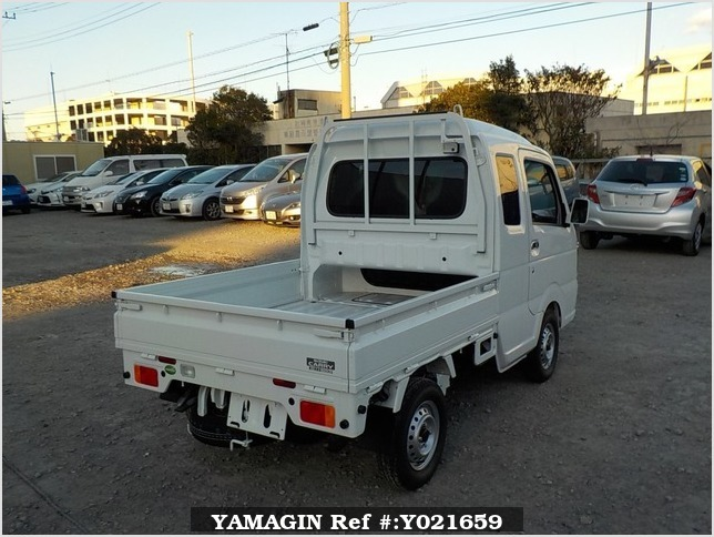 It is a picture of the white suzuki carry jumbo in 2018,Sub Photo 2 Stock No.Y021659