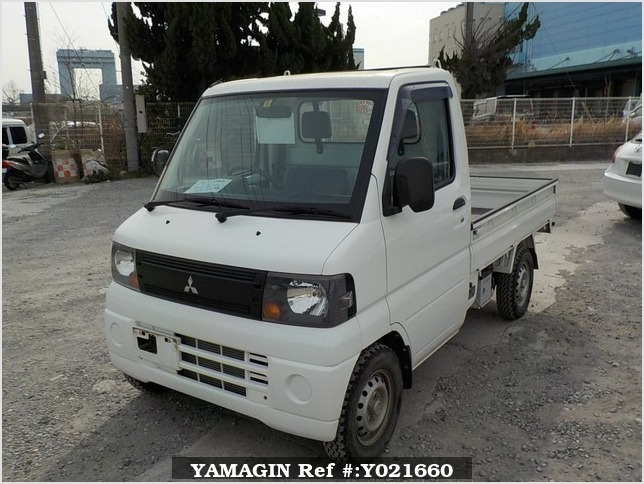 It is a picture of the white mitsubishi minicab truck in 2009,Sub Photo 1 Stock No.Y021660