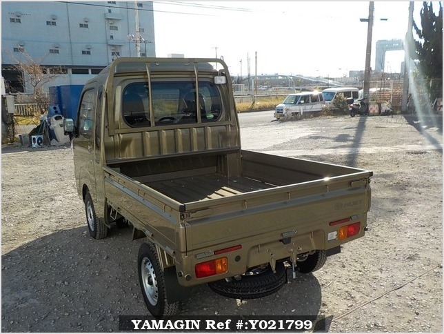 It is a picture of the khaki daihatsu hijet truck in 2018,Sub Photo 3 Stock No.Y021799