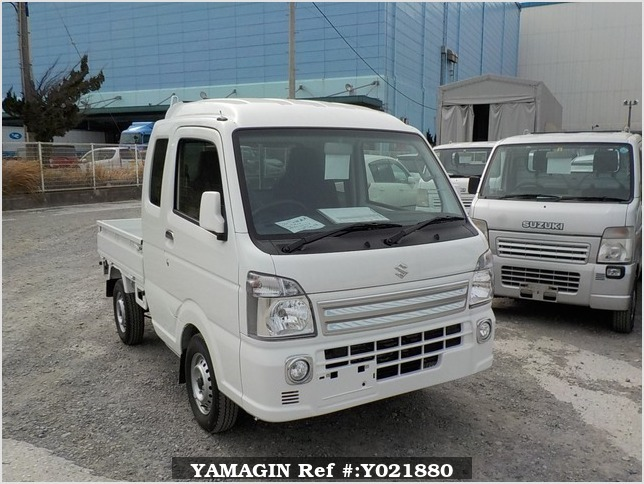 It is a picture of the white suzuki carry jumbo in 2018,Sub Photo 0 Stock No.Y021880