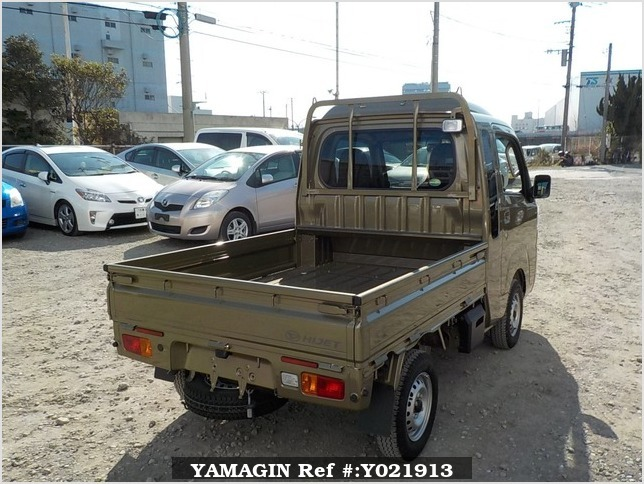 It is a picture of the khaki daihatsu hijet jumbo in 2018,Sub Photo 2 Stock No.Y021913