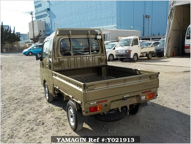 It is a picture of the khaki daihatsu hijet jumbo in 2018,Sub Photo 3 Stock No.Y021913