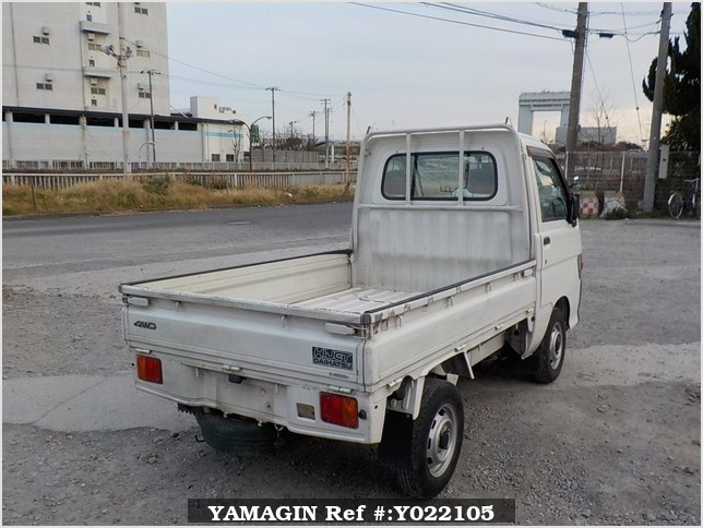 It is a picture of the white daihatsu hijet truck in 1998,Sub Photo 3 Stock No.Y022105