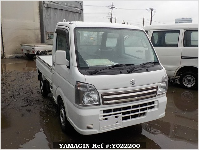 It is a picture of the white suzuki carry truck in 2017,Sub Photo 0 Stock No.Y022200