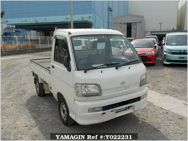 It is a picture of the white daihatsu hijet truck in 2003,Sub Photo 0 Stock No.Y022231