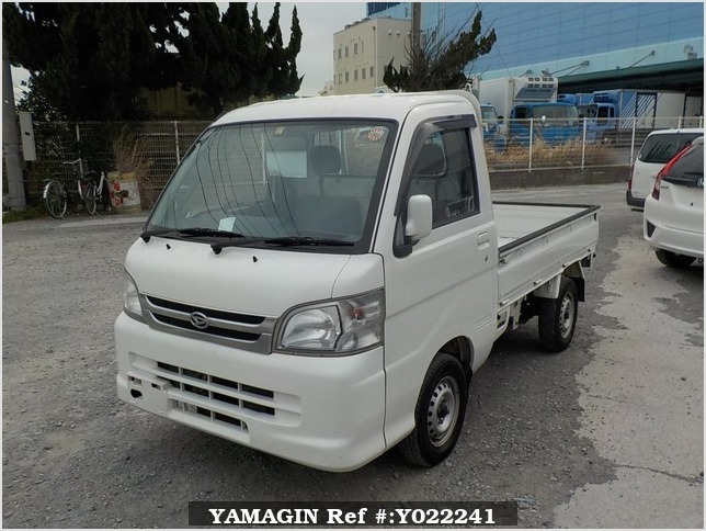 It is a picture of the white daihatsu hijet truck in 2005,Sub Photo 1 Stock No.Y022241