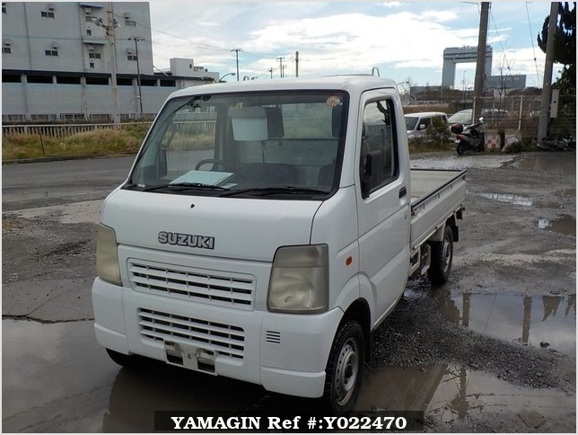 It is a picture of the white suzuki carry truck in 2003,Sub Photo 1 Stock No.Y022470