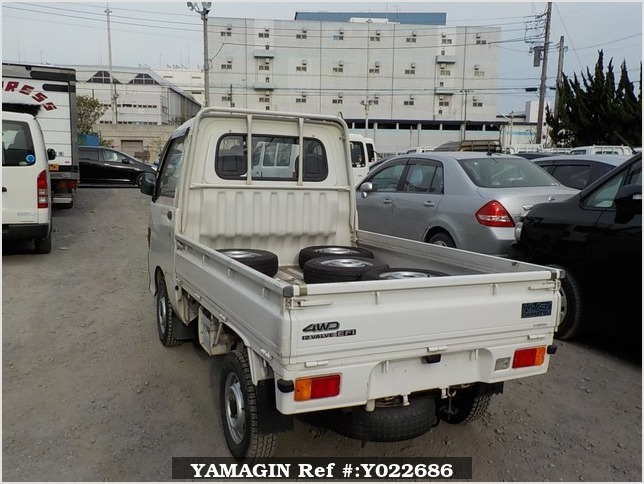 It is a picture of the white daihatsu hijet truck in 1995,Sub Photo 3 Stock No.Y022686