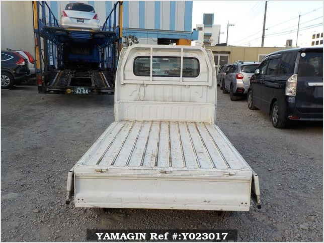It is a picture of the white suzuki carry dump in 2007,Sub Photo 5 Stock No.Y023017