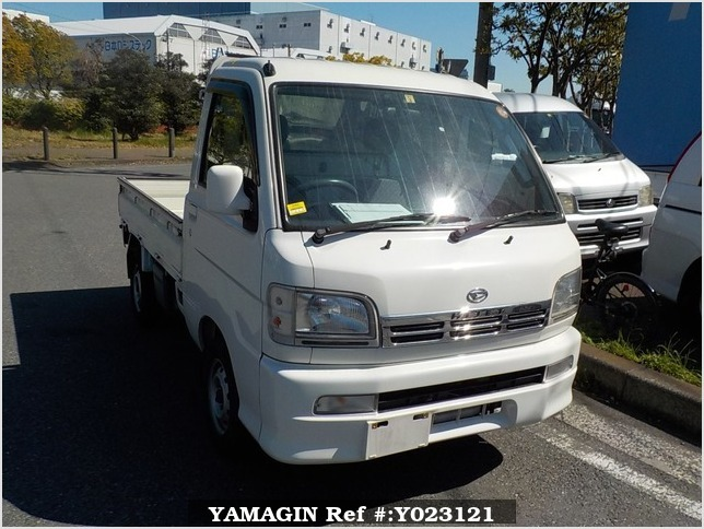It is a picture of the white daihatsu hijet truck in 2001,Sub Photo 0 Stock No.Y023121