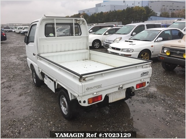 It is a picture of the white suzuki carry truck in 1994,Sub Photo 3 Stock No.Y023129