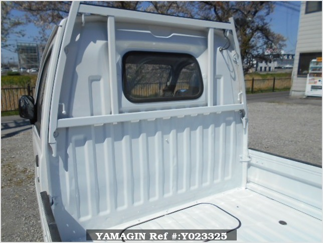 It is a picture of the white mitsubishi minicab truck in 1994,Sub Photo 6 Stock No.Y023325