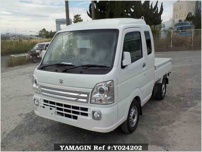 It is a picture of the white suzuki carry jumbo in 2018,Sub Photo 1 Stock No.Y024202