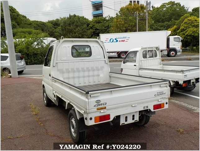It is a picture of the white suzuki carry truck in 2001,Sub Photo 3 Stock No.Y024220