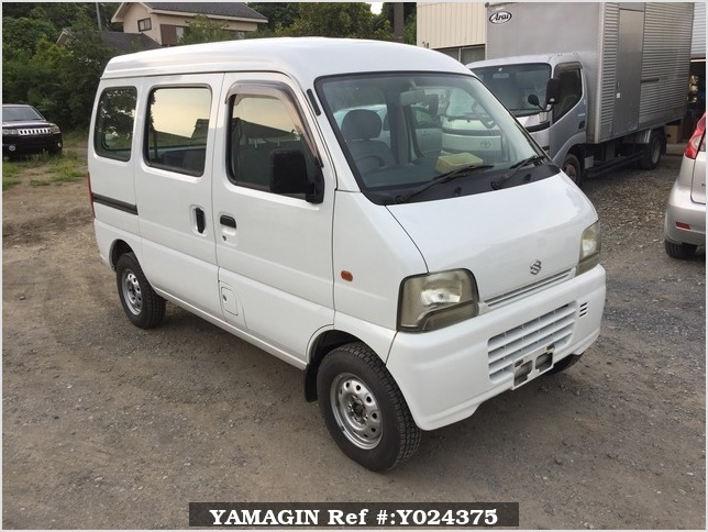 It is a picture of the white suzuki every passenger van in 2005,Sub Photo 0 Stock No.Y024375