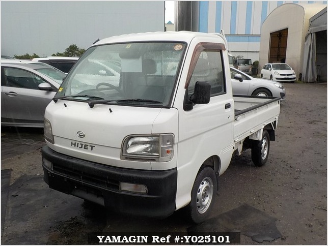 It is a picture of the white daihatsu hijet truck in 1999,Sub Photo 1 Stock No.Y025101
