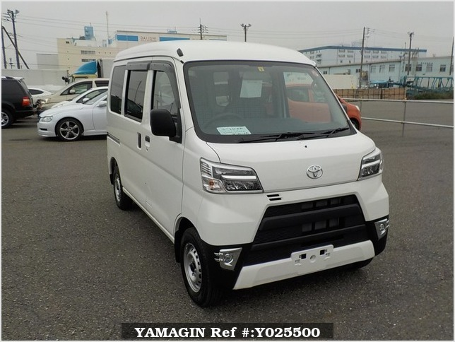 It is a picture of the white toyota pixis passenger van in 2019,Sub Photo 0 Stock No.Y025500