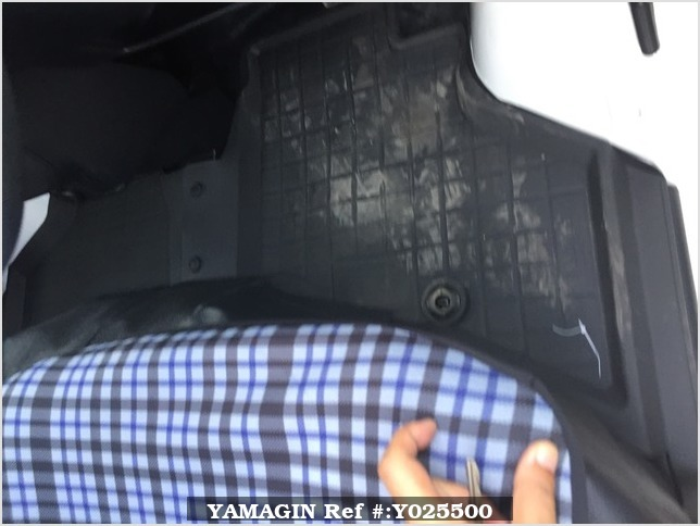 It is a picture of the white toyota pixis passenger van in 2019,Sub Photo 19 Stock No.Y025500
