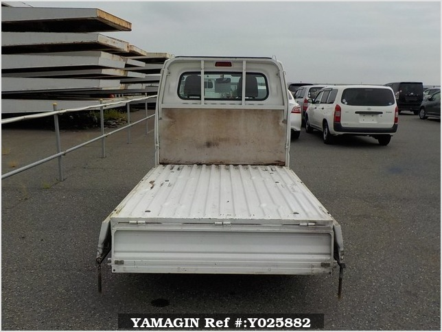 It is a picture of the white mitsubishi minicab truck in 1999,Sub Photo 4 Stock No.Y025882