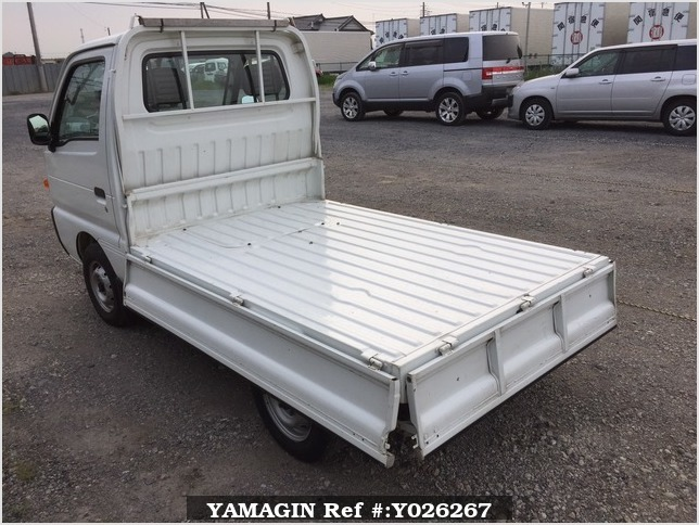 It is a picture of the white suzuki carry truck in 1995,Sub Photo 5 Stock No.Y026267