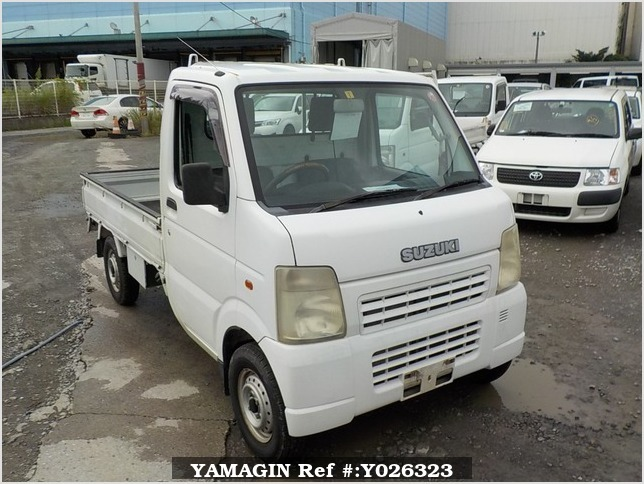 It is a picture of the white suzuki carry  truck in 2003,Sub Photo 0 Stock No.Y026323