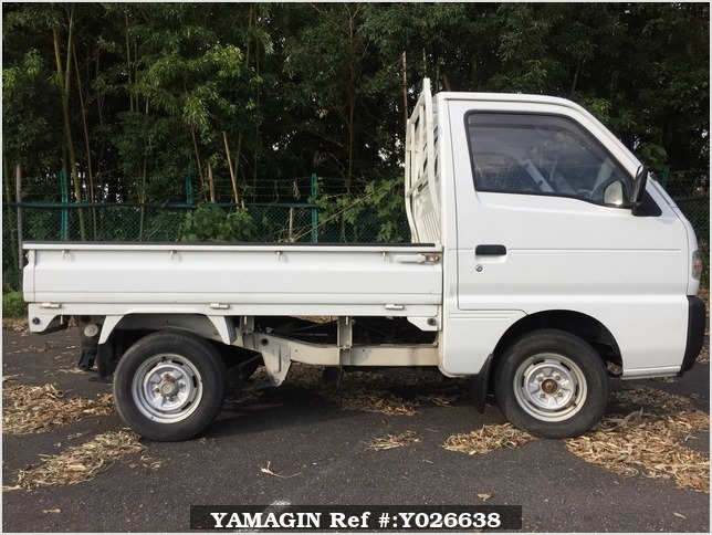 It is a picture of the white suzuki carry truck in 1995,Sub Photo 4 Stock No.Y026638