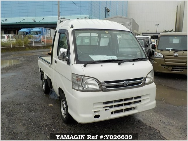 It is a picture of the white daihatsu hijet jumbo in 2008,Sub Photo 0 Stock No.Y026639