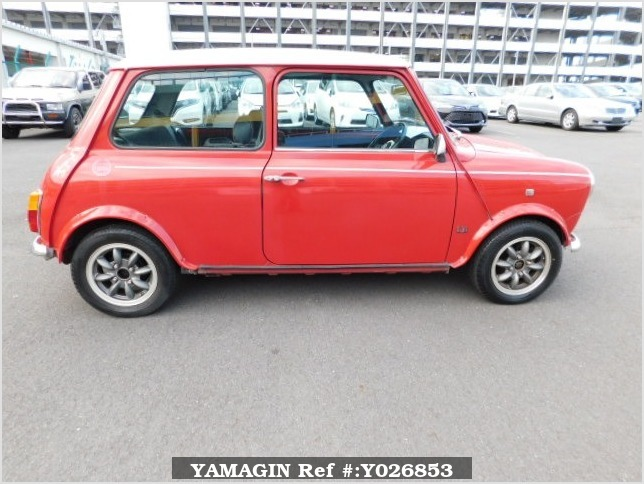 It is a picture of the red rover mini in 1994,Sub Photo 6 Stock No.Y026853