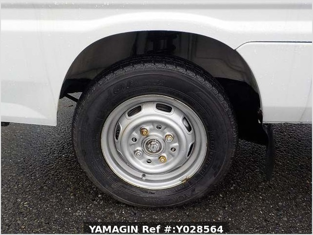 It is a picture of the white daihatsu hijet  dump in 1992,Sub Photo 2 Stock No.Y028564