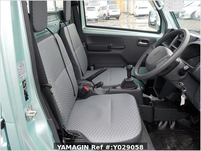 It is a picture of the green suzuki carry truck in 2016,Sub Photo 10 Stock No.Y029058