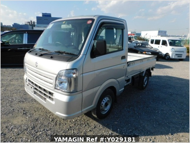 It is a picture of the silver suzuki carry  truck in 2019,Sub Photo 1 Stock No.Y029181