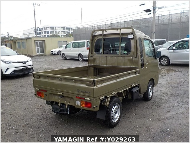 It is a picture of the khaki daihatsu hijet jumbo in 2019,Sub Photo 2 Stock No.Y029263