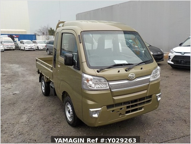 It is a picture of the khaki daihatsu hijet jumbo in 2019,Sub Photo 0 Stock No.Y029263