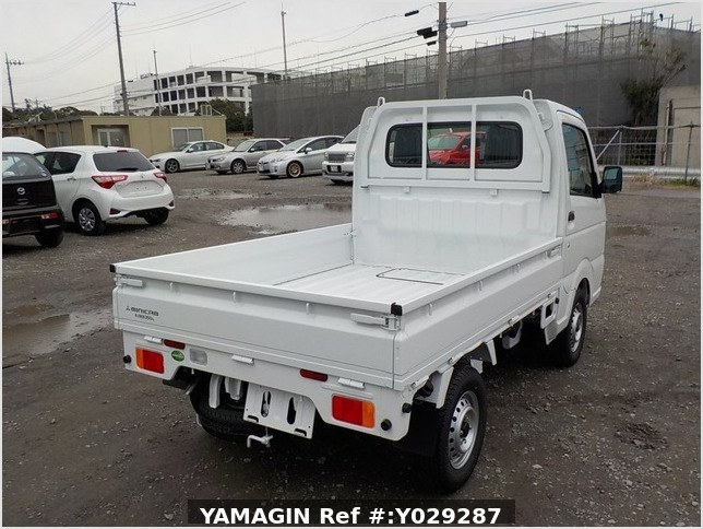 It is a picture of the white mitsubishi minicab truck in 2019,Sub Photo 2 Stock No.Y029287
