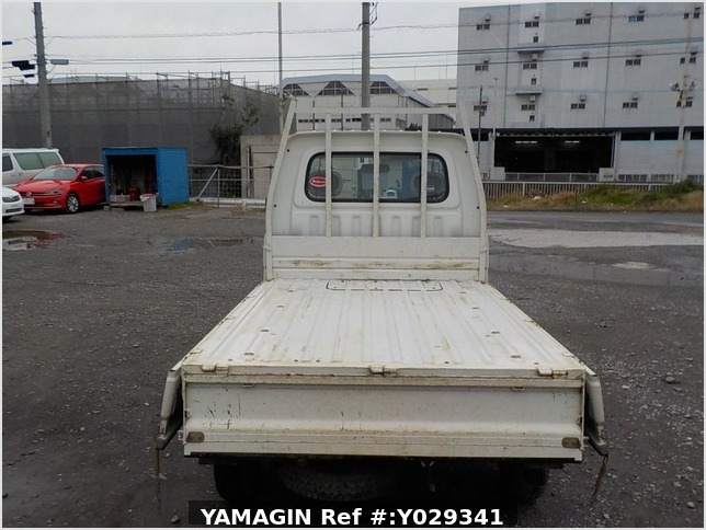 It is a picture of the white daihatsu hijet scissors dump in 2007,Sub Photo 5 Stock No.Y029341