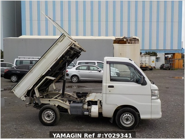 It is a picture of the white daihatsu hijet scissors dump in 2007,Sub Photo 6 Stock No.Y029341