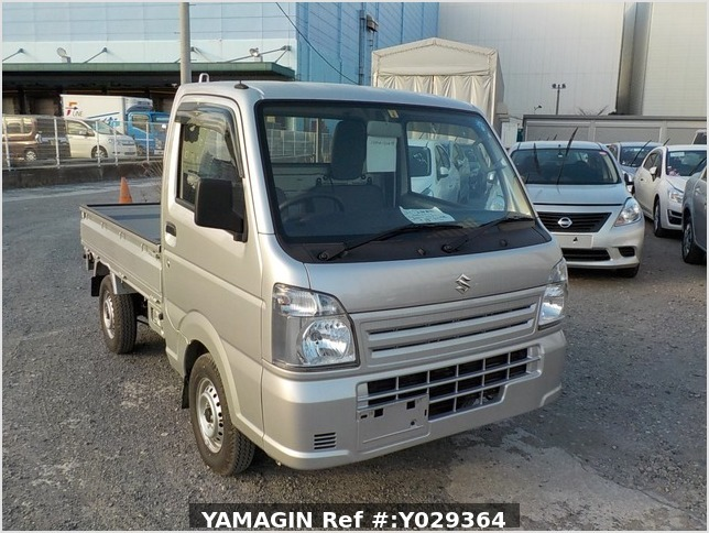 It is a picture of the silver suzuki carry truck in 2018,Sub Photo 0 Stock No.Y029364