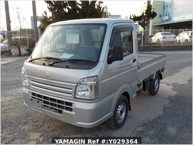 It is a picture of the silver suzuki carry truck in 2018,Sub Photo 1 Stock No.Y029364