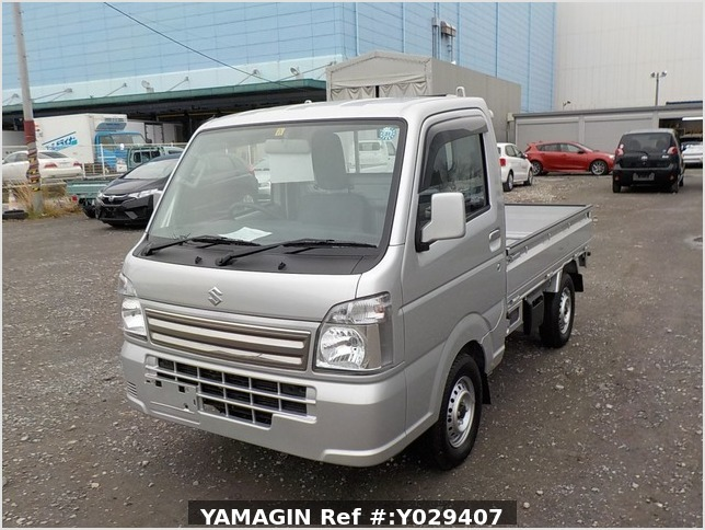 It is a picture of the silver suzuki carry truck in 2018,Sub Photo 1 Stock No.Y029407