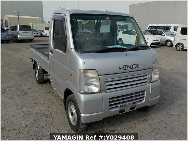 It is a picture of the silver suzuki carry truck in 2002,Sub Photo 0 Stock No.Y029408