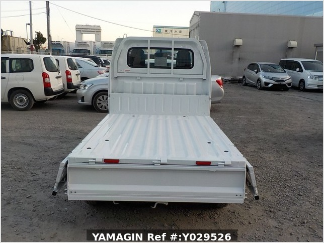 It is a picture of the white suzuki carry dump in 2020,Sub Photo 5 Stock No.Y029526
