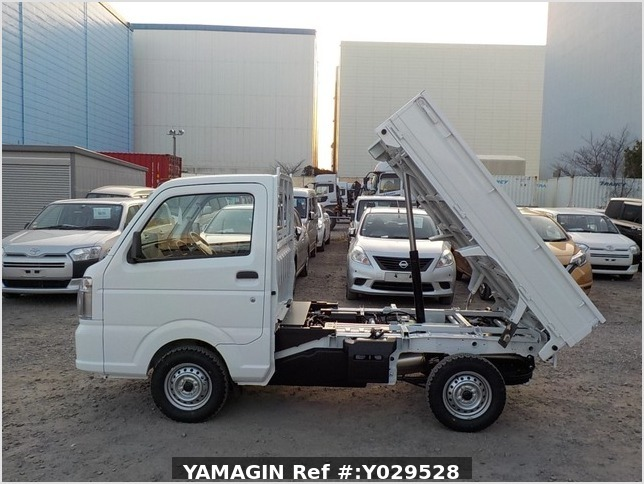 It is a picture of the white suzuki carry dump in 2020,Sub Photo 6 Stock No.Y029528