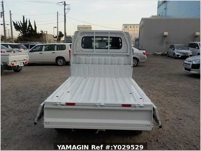It is a picture of the white suzuki carry dump in 2020,Sub Photo 5 Stock No.Y029529