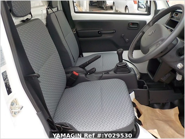It is a picture of the white suzuki carry dump in 2020,Sub Photo 8 Stock No.Y029530