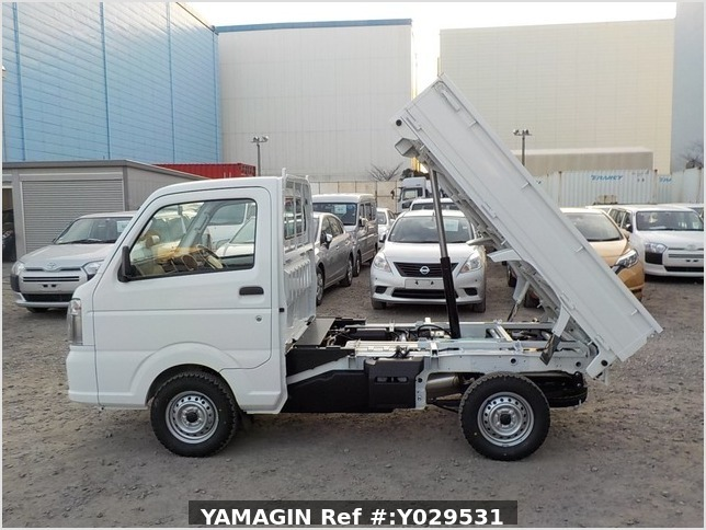 It is a picture of the white suzuki carry dump in 2020,Sub Photo 6 Stock No.Y029531