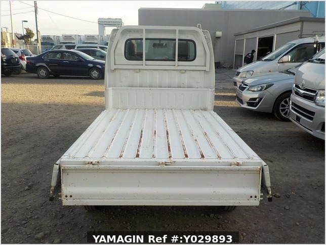 It is a picture of the white suzuki carry dump in 2011,Sub Photo 5 Stock No.Y029893