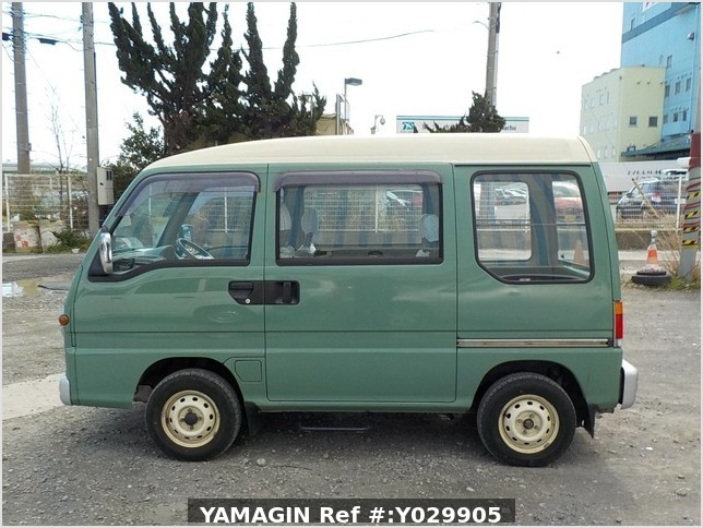 It is a picture of the green 2 subaru sambar dias passenger van in 1995,Sub Photo 6 Stock No.Y029905